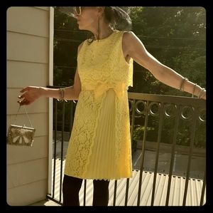 Vintage Lace Dress w/bow and capelet back detail